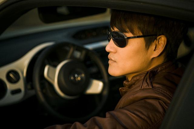 Dodržujete základné pravidlá starostlivosti o slnečné okuliare?