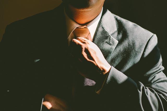 Ocitli ste sa nad profesijnou priepasťou? Požiadajte o pomoc kariérneho poradcu!