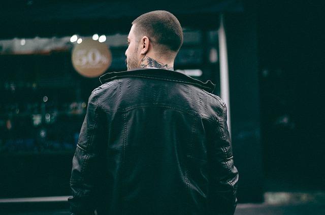 Ako správne vybrať: Hlavné pravidlá mužského oblečenia