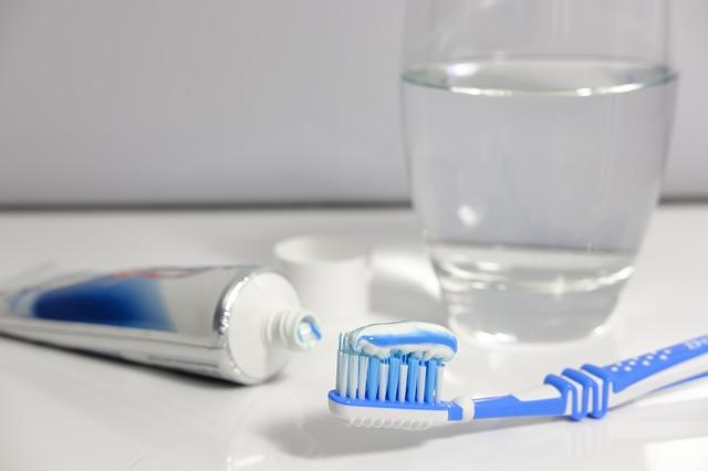 Na posilnenie zubnej skloviny: Správna dentálna hygiena a inovatívne produkty!