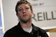 Veľké peniaze na dobročinné účely venuje aj Zuckerberg